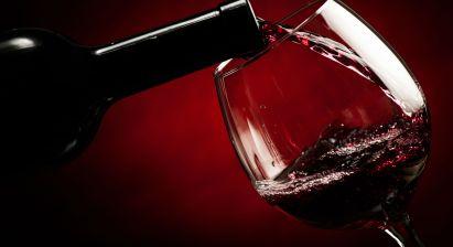 shutterstock_161185232-red-wine-glass-feature1.jpg